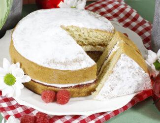 Vegan Victoria Sponge Cake Thumbnail