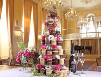 Sponge Wedding Cake Guide