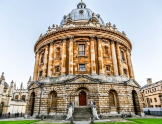 Oxford Cake Delivery service - Thumbnail